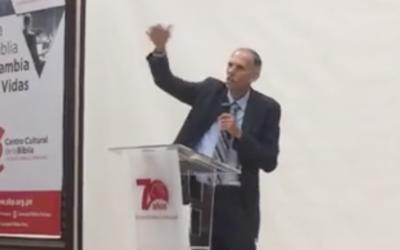 """David Gates: """"El Ataque de Satanás Contra la Iglesia Adventista"""""""